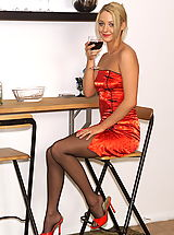 als angels models, keely 02 glass of wine spreads pussy