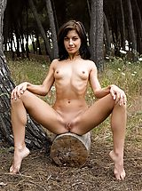 Outdoors Pics: Laila - Log In