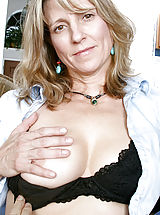 Labia, Blonde Anilos cougar Berkley shows off her perky tits and dripping pussy