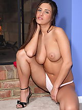 Big.Tits Pics: andie valentino 05 big breasts shaved pussy