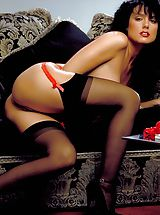 Suze Randall Pics: Now as a brunette, Jeanna never looked more