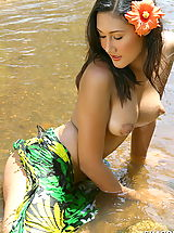 Sexy Naked Girl, Asian Women sharon 03 puffy nipples river water