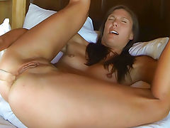 Hot Pussy, Avia Double Pleasure