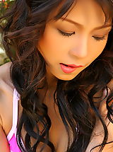 Beautiful Babes, Asian Women vicky wei 08 innocent thai vagina