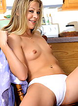 Nipples Pics: leah luv 07 kitchen braces bignipples hotpussy vulva