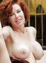 Babe Photo, Well hello...Veronica Avluv here, ready to make your dreams come true haha! No, really, it's basically a superpower I possess. I was born in Texas and like they say, everything is bigger in Texas...have you noticed my boobs yet? Of course you have, silly!