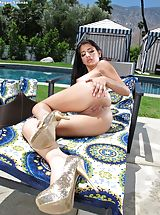In the Crack Pics: Moist Snatch Babe Set 913 Megan Salinas reveals her rosey pussy