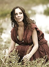 Fantasy Babes: WoW nude winter medieval farmers daughters