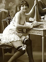 Vintage Babes: The Famous Vintage Riscue Cards From France 1920 Displaying Beautiful Nudes