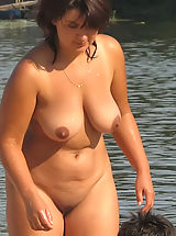Ex Girlfriend Pics Babes: Highly Erotic Naturist Content Featuring Naked Amateur Chicks with Charming Bust Racks and Hairy Pussies