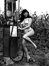 Vintage Pussy: Antique Nymphs