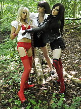 Outdoors Pussy: Carole Hunt and Jen Bailey and Samantha Bentley 2