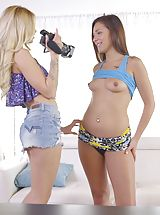Sassy blonde Jessa Rhodes coaxes Jaye Summers into a lusty threesome during her Nubiles interview